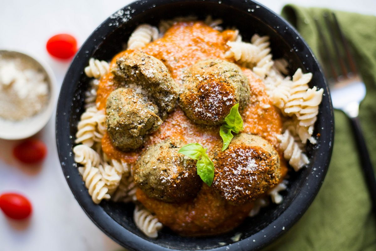 lentil meatballs. vegan. high protein. simple to make. delicious. kids approved. grain-free.